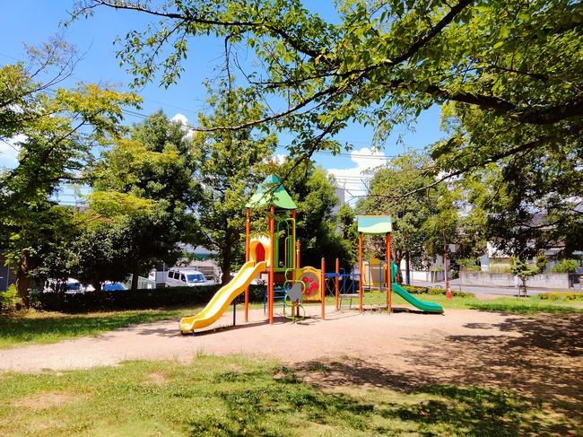 松芝公園の遊具