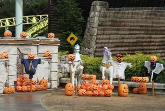 東武動物公園のハロウィン装飾