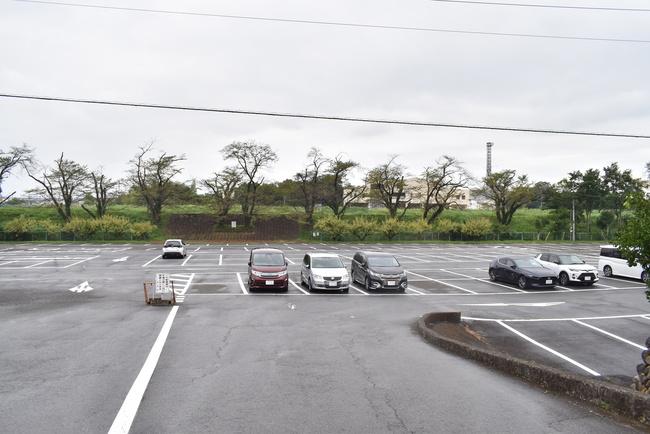 吉見百穴駐車場