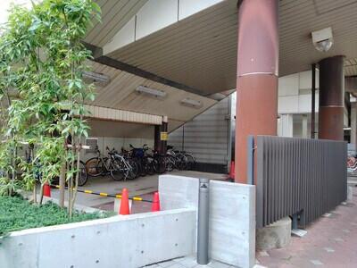 さいたま市宇宙劇場の駐輪場